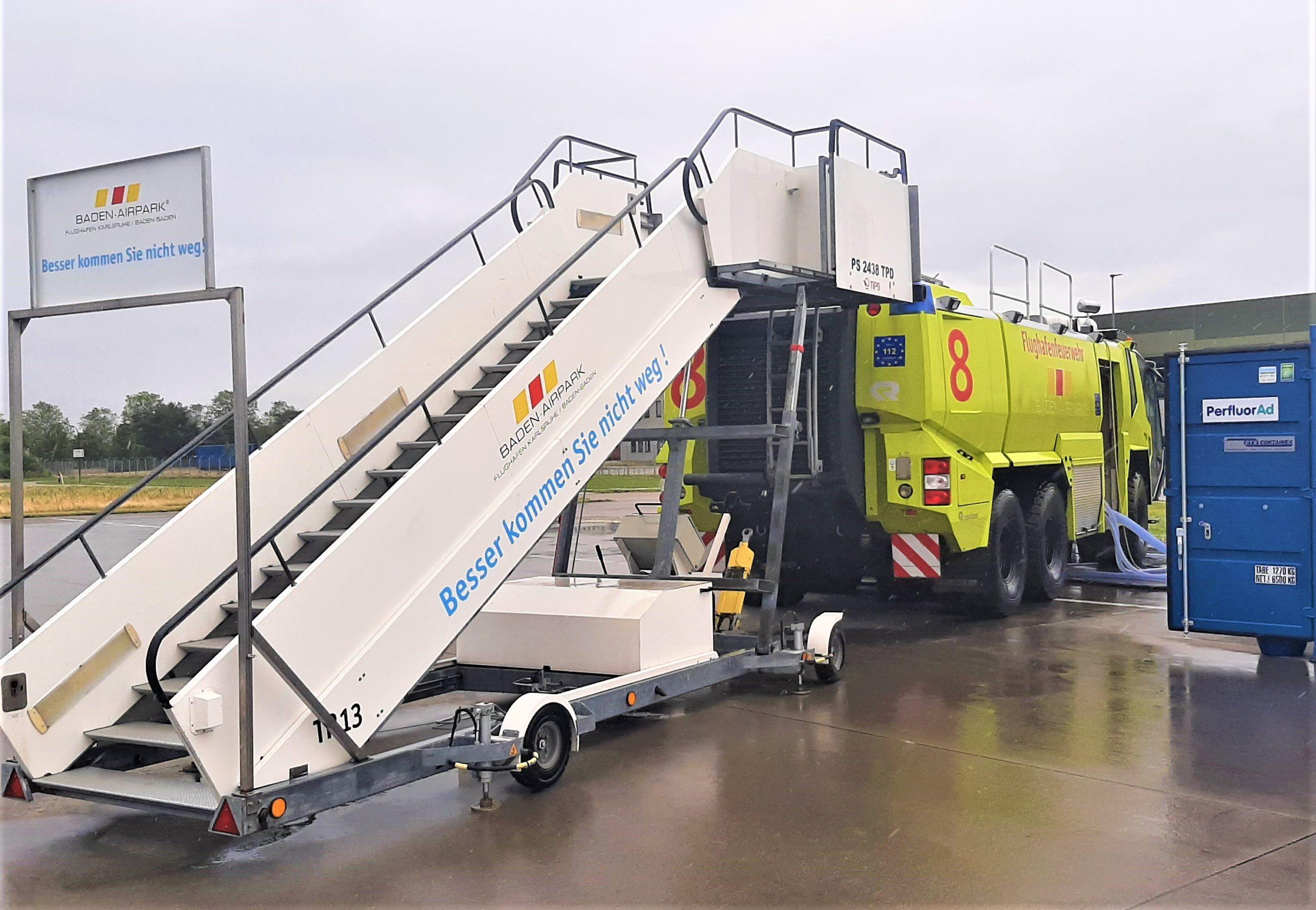 Anwendung der PerfluorAd-Technologie zum Abtrag von PFC-Verunreinigungen in Löschfahrzeugen der Flughafenfeuerwehr Baden-Airpark